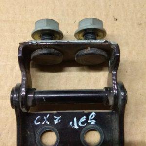 petlya krishki  bagagnika mazda cx7
