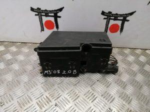 Blok predohranitelja podkapotnij Mazda 3
