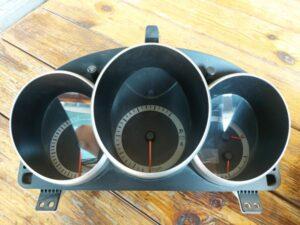 Panel priborov Mazda/Honda Accord
